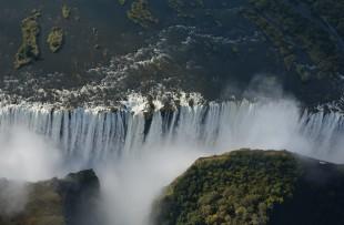 Victoria-Falls-Pixabay