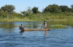 Canoe-botswana-wiki