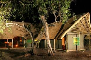 Pom-Pom-Camp-Wetu (2)