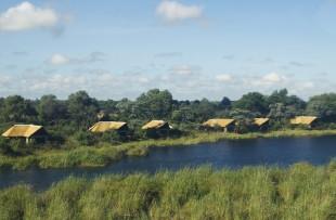 lagoon-camp-wetu (2)
